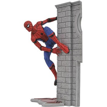 Marvel Gallery Homecoming Spider-man PVC figure